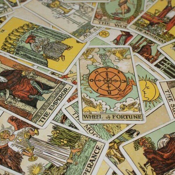 Tarot Karten legen - Große und kleine Arkana